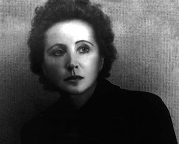 English review by Britt Arenander of « Anaïs Nin – genèse et jeunesse »